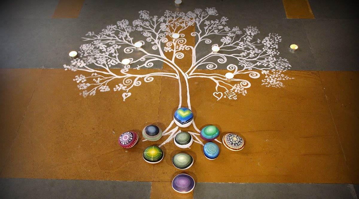 Makar Sankranti 2020 Rangoli Designs: मकर संक्रांति के पर्व को रंगोली के इन आकर्षक डिजाइनों से बनाएं खास, देखें वीडियो