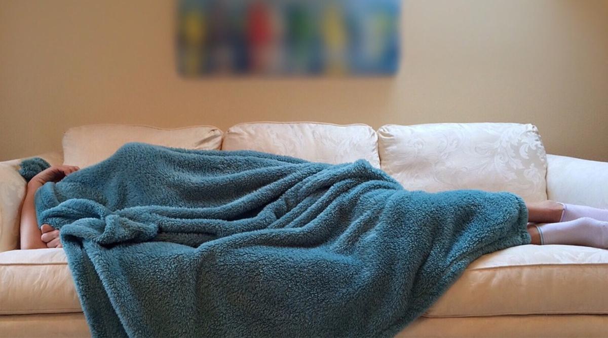 सर्दियों में आखिर क्यों सुबह जल्दी उठने में होती है परेशानी, जानिए इस मौसम में ज्यादा नींद आने के कुछ सामान्य कारण