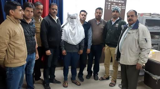 दिल्ली मेट्रो  में अश्लील हरकत करने वाला आरोपी गिरफ्तार, पूछताछ जारी