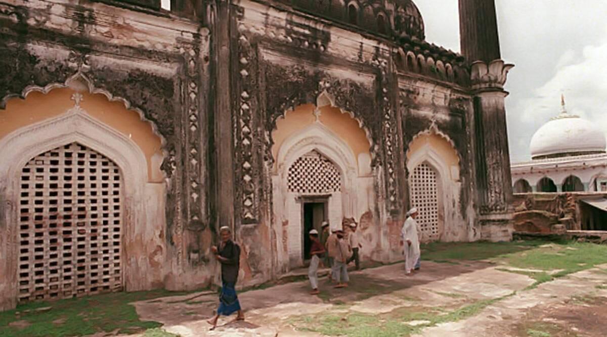 अयोध्या में जमीन लेगा सुन्नी वक्फ बोर्ड: मस्जिद के साथ रिसर्च सेंटर, अस्पताल भी बनेगा