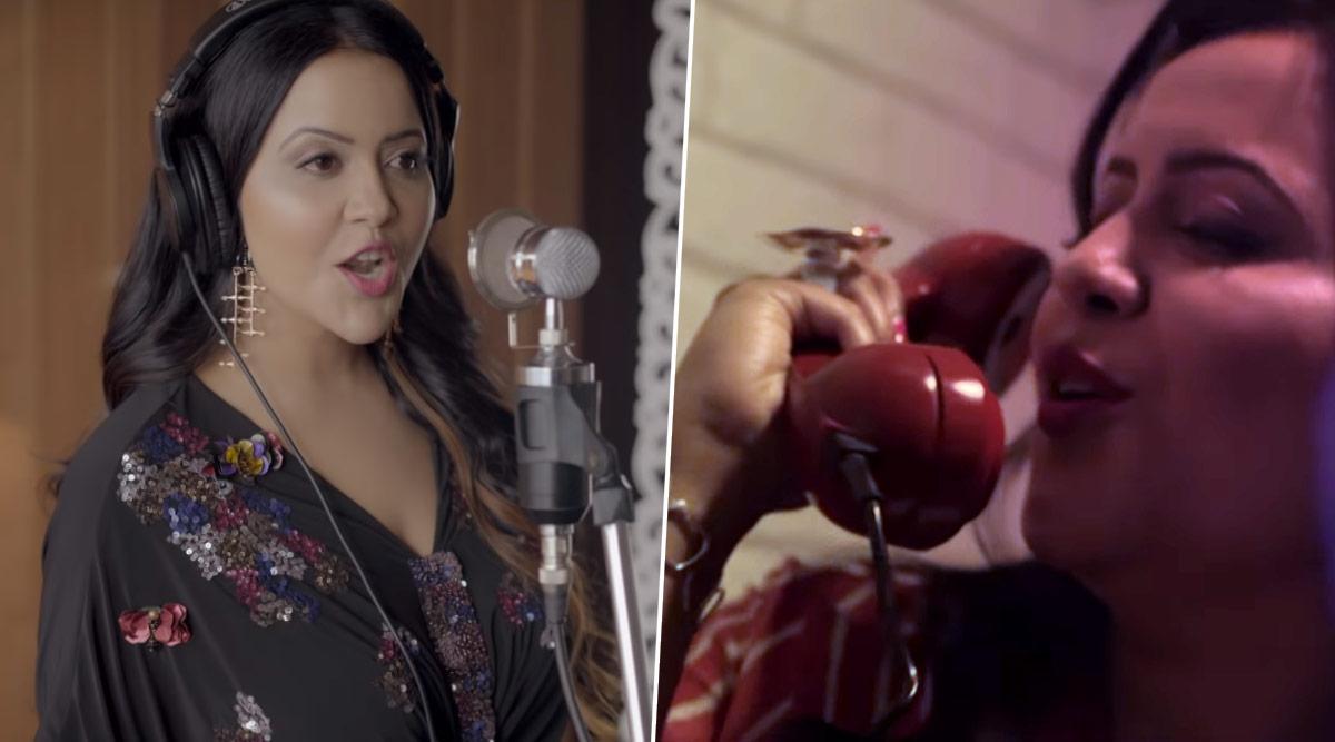 महाराष्ट्र के पूर्व सीएम देवेंद्र फडणवीस की पत्नी अमृता ने वेलेंटाइन डे पर गाया रोमांटिक सॉन्ग 'आई लव यू', Video जीत रहा लोगों का दिल