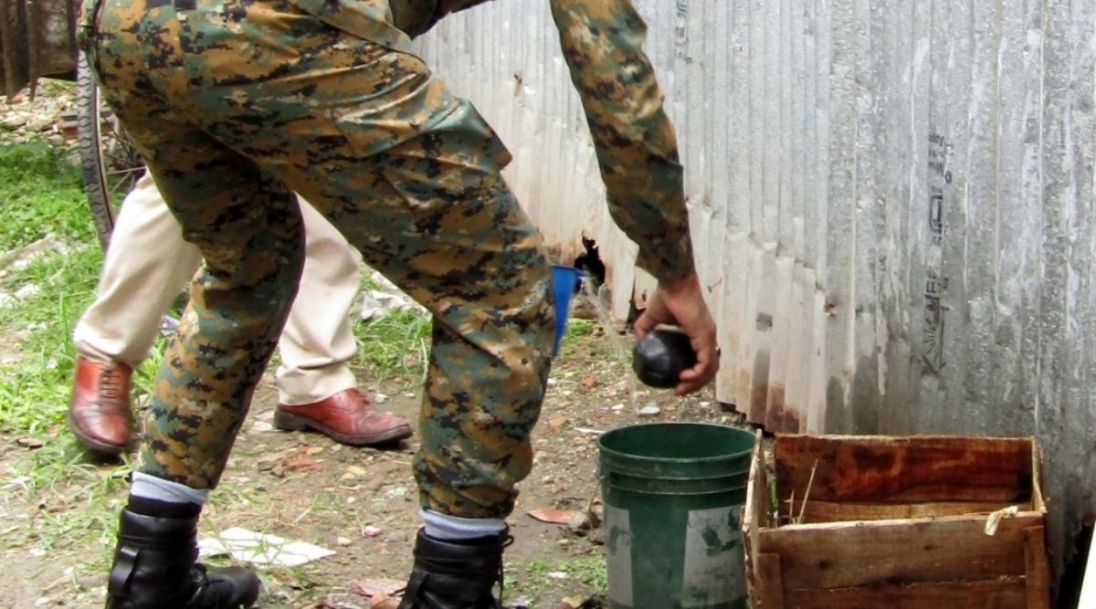 यूपी: लखनऊ कोर्ट परिसर में क्रूड बम से हमला, कई वकील घायल- 3 जिंदा बम बरामद