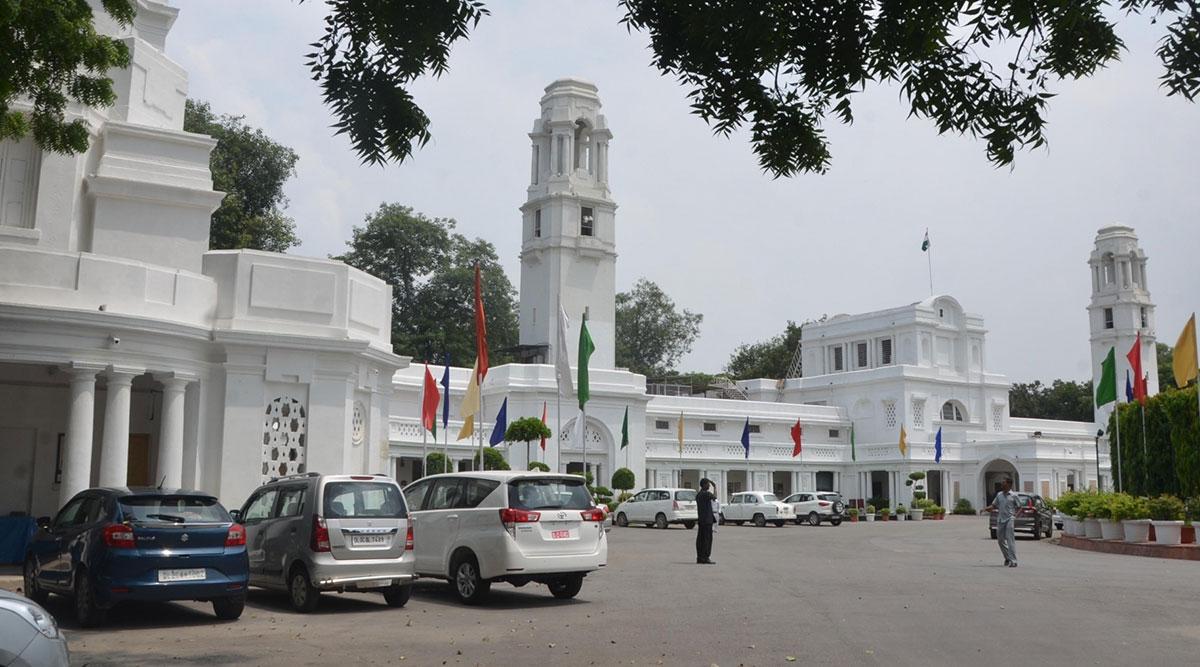 दिल्ली विधानसभा के लिए 22 वर्षो में सिर्फ 31 महिलाएं चुनी गईं