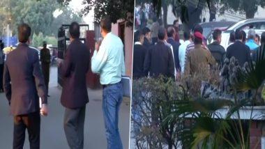 जामिया हिंसा: दिल्ली पुलिस की क्राइम ब्रांच टीम जांच के लिए कैंपस पहुंची, Alumni Association ने वीडियो के आधार पर दर्ज कराया मामला