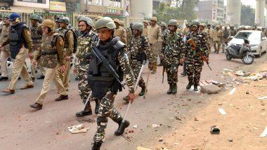 उत्तर-पूर्वी दिल्ली में सुरक्षा बलों ने किया फ्लैग मार्च