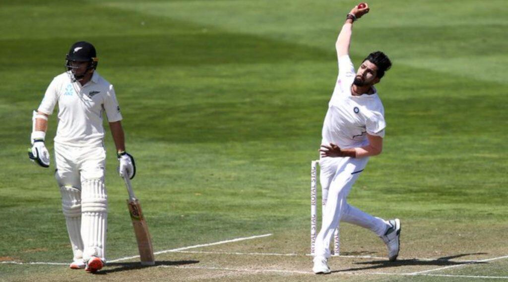 IND vs NZ 1st Test Match Day 2: टीम इंडिया 165 रन पर ऑल आउट, लंच तक न्यूजीलैंड ने बनाए बिना किसी नुकसान के 17 रन