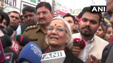 शाहीन बाग: वार्ताकार प्रदर्शनकारियों से बातचीत के बाद निकले, साधना रामचंद्रनबोली- लोग ज्यादा थे इसलिए पूरी बात नहीं हो पाई, कल फिर हम आएंगे