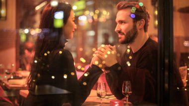 Valentine's Day 2020 Gifts Ideas: वैलेंटाइन डे पर खास अंदाज में अपनी प्रेमिका या पत्नी से जाहिर करें प्यार, ये रोमांटिक गिफ्ट्स देकर उन्हें करें सरप्राइज