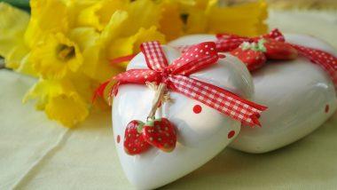 Valentine's Day 2020 Special Gifts: ये सेक्सी लुक वाले गिफ्ट देकर आप जीत सकते हैं अपनी महबूबा का दिल