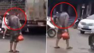 सड़क पर चलता दिखा बिना सिर का इंसान, Video हो रहा है वायरल
