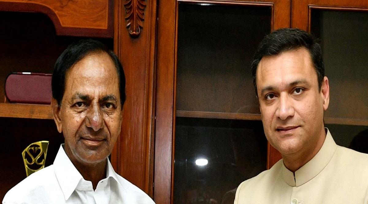 MIM विधायक अकबरुद्दीन ओवैसी ने सिंहवाहिनी महाकाली मंदिर के विस्तार के लिए की मुख्यमंत्री KCR से मुलाकात