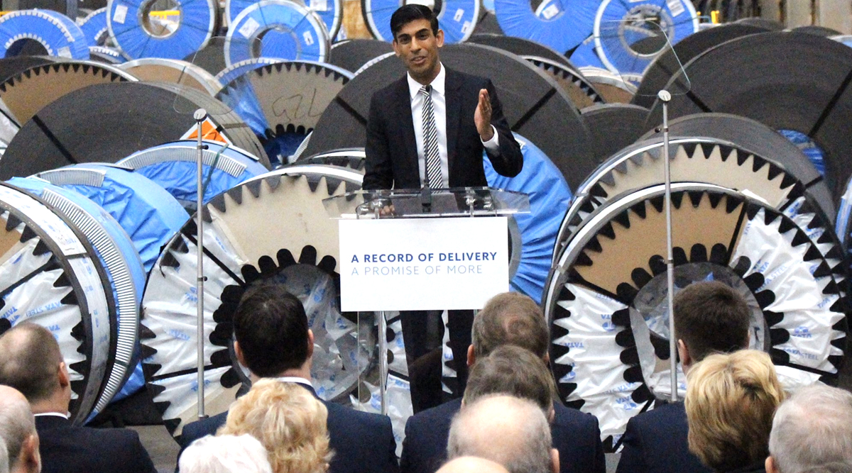 ब्रिटेन की नई सरकार में भारतीयों का दबदबा, प्रीति पटेल बनी गृह मंत्री तो नारायण मूर्ति के दामाद ऋषि सुनक को मिला वित्त मंत्रालय