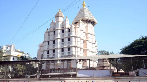 कोरोना वायरस का कहर: सिद्धिविनायक मंदिर अगले नोटिस तक भक्तों के लिए बंद, महाराष्ट्र में पीड़ितों की संख्या 38 हुई
