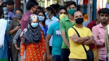 चक्रवाती तूफान 'निसर्ग' का खतरा, बांद्रा के बीकेसी में अस्थाई रूप से बने अस्पताल से कोविड-19  के मरीजों को किया गया शिफ्ट