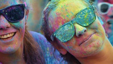 Rang Panchami 2020: जब देवताओं को आमंत्रित करते हैं रंग-कण, जानें क्यों मनाते हैं रंगपंचमी एवं क्या है इसका महत्व!