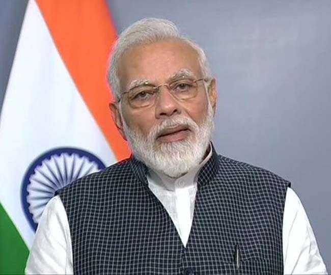 Covid-19: ब्रिटेन में फंसे भारतीय छात्रों ने नरेंद्र मोदी से की देश ले जाने की अपील