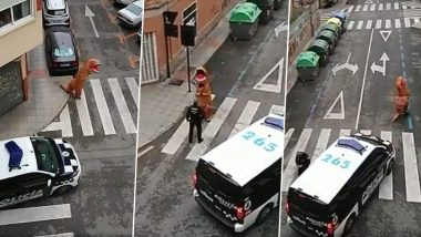 COVID-19: कोरोना वायरस के चलते लॉकडाउन के बीच डायनासोर बनकर स्पेन की सड़कों पर घूमता दिखा शख्स, देखें वीडियो