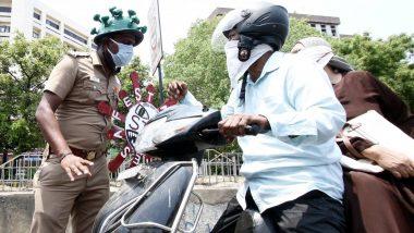 लॉकडाउन तोड़ने वाले वाहनों पर तमिलनाडु पुलिस उड़ेल रही पीला रंग