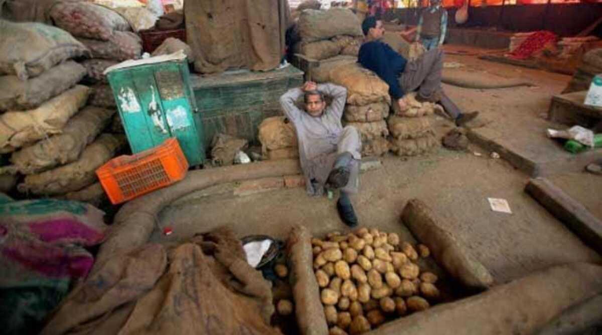 नवी मुंबई: एपीएमसी मार्केट में व्यापारी का कोरोना टेस्ट आया पॉजिटिव, मार्केट को किया गया बंद