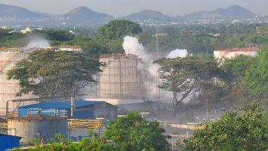 विशाखापत्तनम हादसा: NGT ने गैस लीक से हुए नुकसान के लिए एलजी पॉलिमर से मांगे 50 करोड़ रुपये, सरकार को भेजा नोटिस
