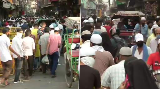 ईद का चांद नजर आने के बाद देश में कल पढ़ी जाएगी ईद- उल-फितर की नमाज, खरीददारी को लेकर दिल्ली के जामा मस्जिद के पास मार्केट में लोगों की उमड़ी भीड़