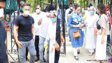 आमिर खान, रानी मुखर्जी और किरण रावने स्पॉटबॉय अमोस पॉल को दी अंतिम विदाई,देखें Latest Photos
