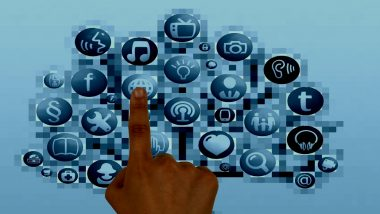 विश्व दूरसंचार दिवस 2020: मोबाइल और इंटरनेट बने जीवन का अभिन्न अंग