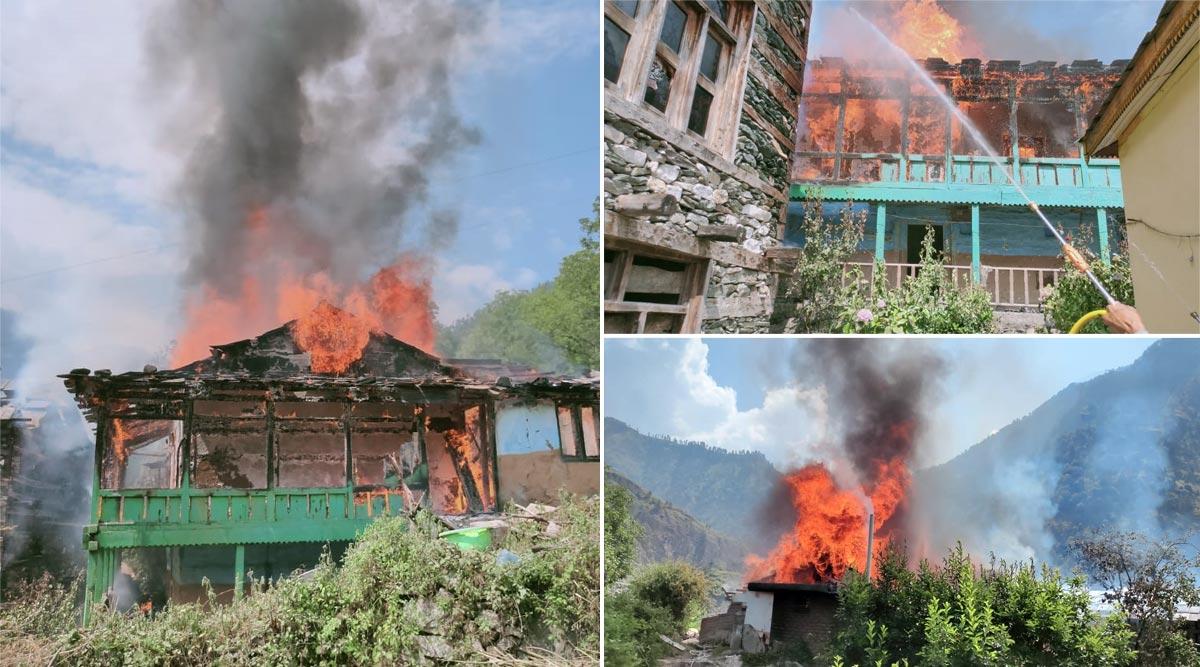 Himachal Pradesh Fire: हिमाचल प्रदेश के कुल्लू में तीन मंजिला लकड़ी के मकान में लगी भीषण आग, फायर ब्रिगेड की गाड़ियां मौके पर पहुंची