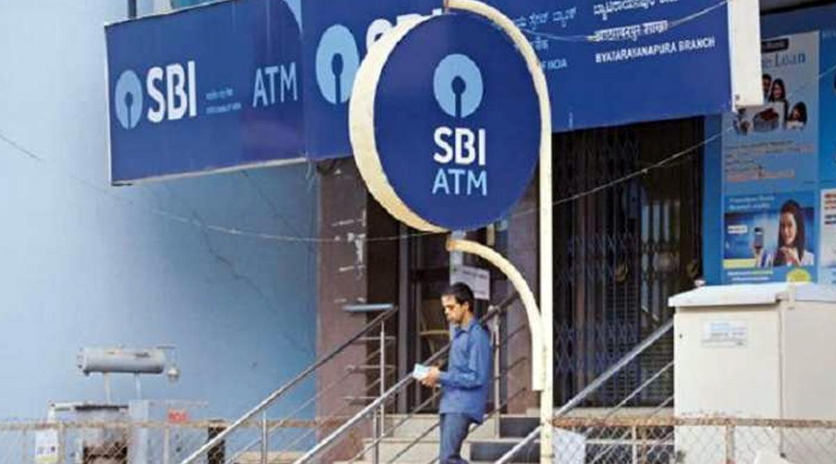 SBI ग्राहक ध्यान दें! 1 जुलाई से ATM से कैश निकालना हो जाएगा महंगा, यहां पढ़ें डिटेल्स