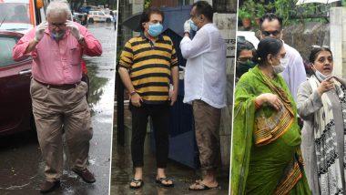 Basu Chatterjee Funeral Pics:फिल्मकार बासु चटर्जी को परिवार और दोस्तों ने नम आखों से दी अंतिम विदाई