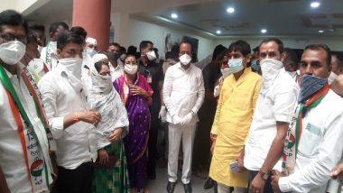 महाराष्ट्र में शिवसेना को झटका: Shiv Sena के पांच नगरसेवक अजित पवार की मौजूदगी में NCP में हुए शामिल