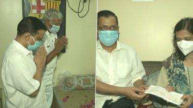 कोरोना योद्धा रहे डॉ असीम गुप्ता के परिवार से मिले सीएम अरविंद केजरीवाल, 1 करोड़ का चेक सौंपा