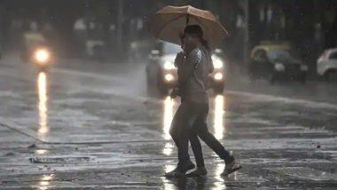 बारिश की मार झेलने के बाद तेलंगाना और आंध्र प्रदेश में पटरी पर लौट रही जिंदगी