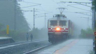 Bihar Flood: बिहार में बाढ़ के कारण समस्तीपुर-दरभंगा रेलखंड पर ट्रेनों का परिचालन रुका