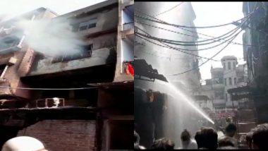 दिल्ली: शाहजादा बाग इलाके में एक बहुमंजिला प्लास्टिक फैक्ट्री की बिल्डिंग में लगी आग, घटनास्थल पर 9 फायर टेंडर मौजूद
