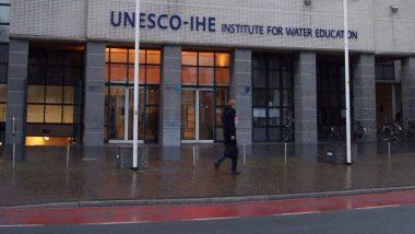 'यूनेस्को को अफगानिस्तान, पाकिस्तान को अपने निकाय से निकालना चाहिए'