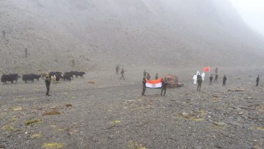 Indian Army Returns 13 Yaks, 4 Calves to China: भारतीय सेना ने दिखाई दरियादिली, विवाद के बीच LAC से भटके 17 पशु चीन को लौटाए