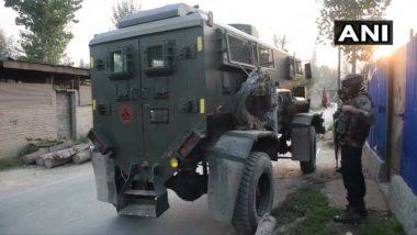 जम्मू-कश्मीर: पुलवामा जिले के मारवाल इलाके में सुरक्षाबलों और आतंकवादियों के बीच मुठभेड़ जारी