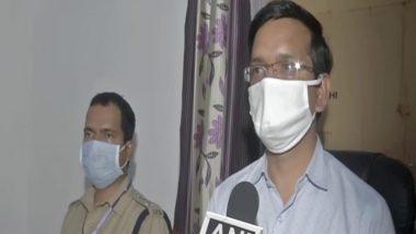 Hathras Gangrape Case: हाथरस पीड़िता के परिवार पर दबाब बनाने की खबरों का डीएम पी.के. लक्षकार ने किया खंडन, कहा-नकारात्मक खबरें चलाई जा रही हैं
