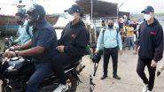Akshay Kumar Photos: बाइक और जेटी के सहारे सेट पर पहुंचे अक्षय कुमार, सामने आई फोटो