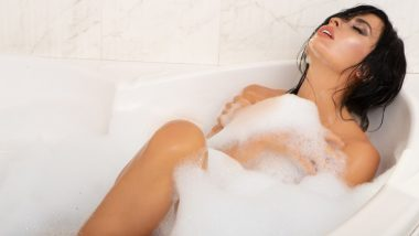 Health Tips: नहाते समय अपने शरीर के इस अंग पर भूलकर भी न लगाएं साबुन, वरना हो सकती हैं स्वास्थ्य से जुड़ी समस्याएं