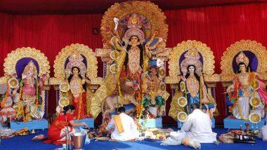Navratri 2020: नवरात्रि के पहले दिन हिमाचल के मंदिरों में उमड़ी श्रद्धालुओं की भीड़, कोरोना प्रसार को रोकने के लिए किए गए कड़े इंतजाम