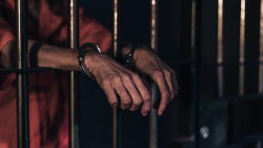 Delhi: मंडोली जेल में 25 कैदियों ने दिवार पर सिर मारकर खुद को किया लहूलुहान, जेल प्रशासन के उड़े होश- जानें पूरा मामला