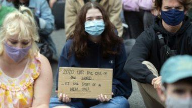 Coronavirus Outbreak: लंदन में लॉकडाउन के खिलाफ जोरदार प्रदर्शन, 18 लोग गिरफ्तार