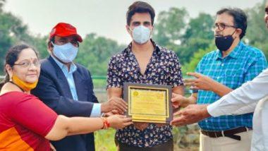 Sonu Sood Felicitated by GCOT: एक्टर सोनू सूद को गरीबों और जरूरतमंदों की मदद के करने के लिए ग्रामोदय बंधु मित्र पुरस्कार से किया सम्मानित