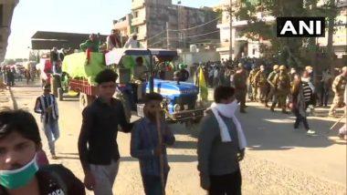 Delhi Chalo March: राम लीला मैदान की ओर कूच कर रहे किसान, पुलिस ने निरंकारी मैदान में लाकर छोड़ा