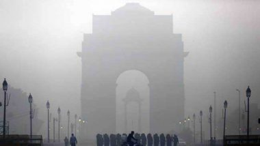Delhi Air Pollution: दिल्ली में प्रदूषण का कहर जारी, आसमान में बिछी स्मॉग की चादर, आने वाले दिनों में बदलाव के आसार नहीं