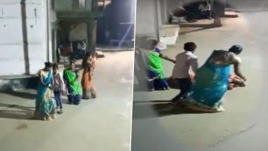 Gujarat: गरबा खेल रही महिला की हार्ट-अटैक से मौत, वीडियो देखकर आपके भी उड़ जाएंगे होश