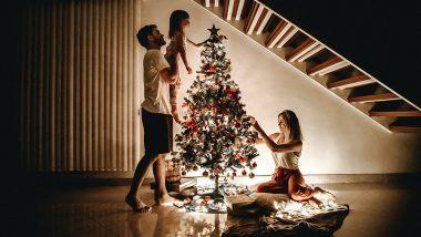 Christmas 2020 Safety Tips: कोविड-19 महामारी के दौरान घर पर रहकर परिवार के साथ इन सुरक्षित तरीकों से सेलिब्रेट करें क्रिसमस