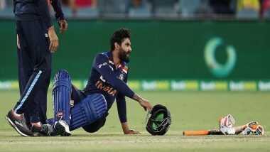 Ind vs Aus 1st T20 2020: मिशेल स्टार्क की खतरनाक बाउंसर पर चोटिल हुए रविंद्र जडेजा, Concussion विकल्प के तौर पर मैदान में उतरे युजवेंद्र चहल